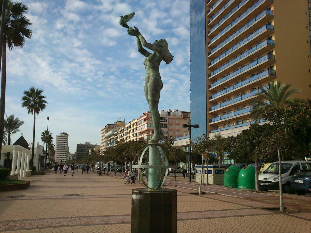 tourist monuments 264719 1920
